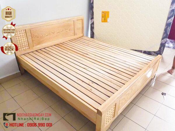 Giường ngủ gỗ sồi đẹp, giá rẻ